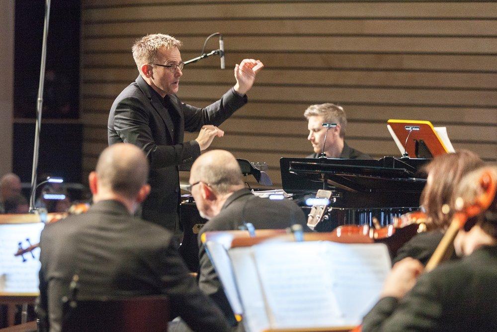 Craig Hella Johnson Conducts World Premiere AISD PAC