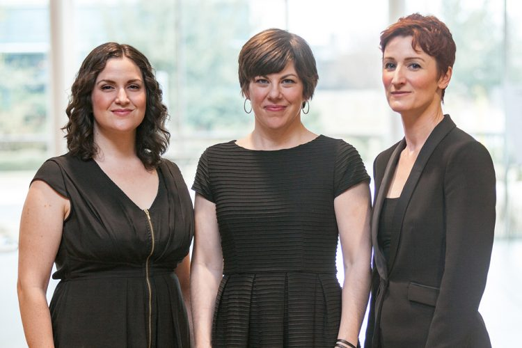 Sopranos Estelí Gomez, Shari Alise Wilson, Stefanie Moore