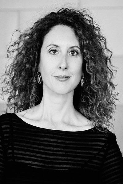 Carla McElhaney, Piano