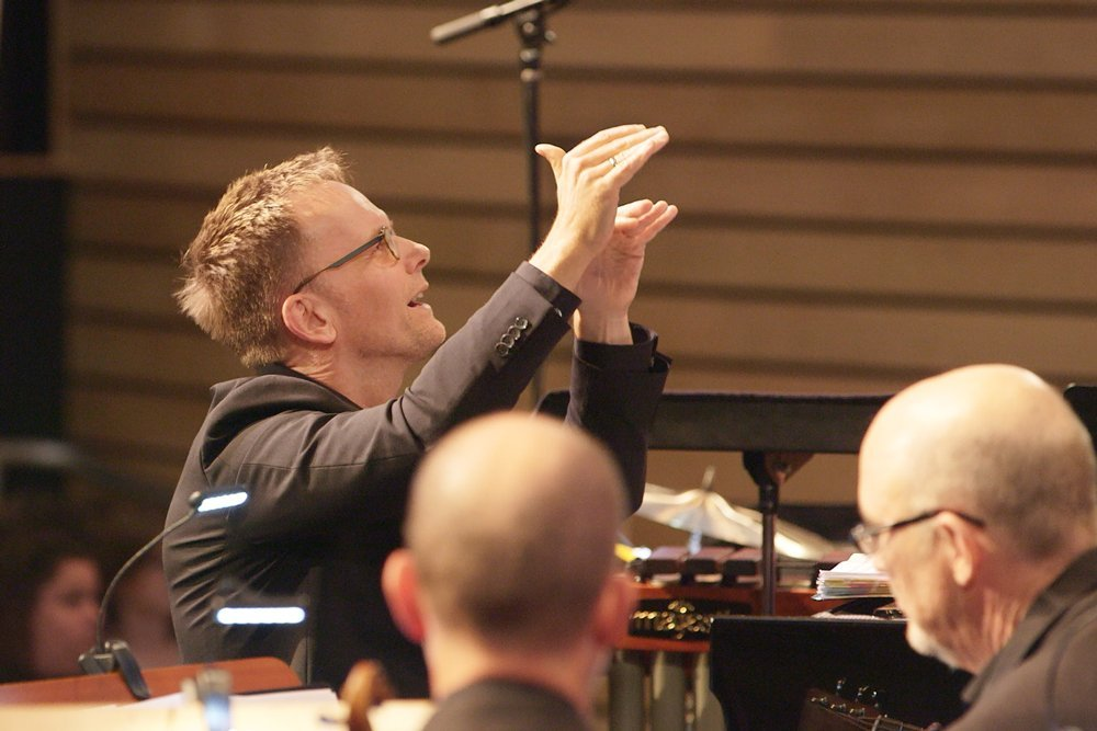 craig-johnson-conducting-during-a-performance-in-austin