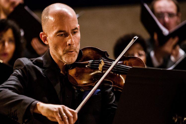 Soloist Stephen Redfield