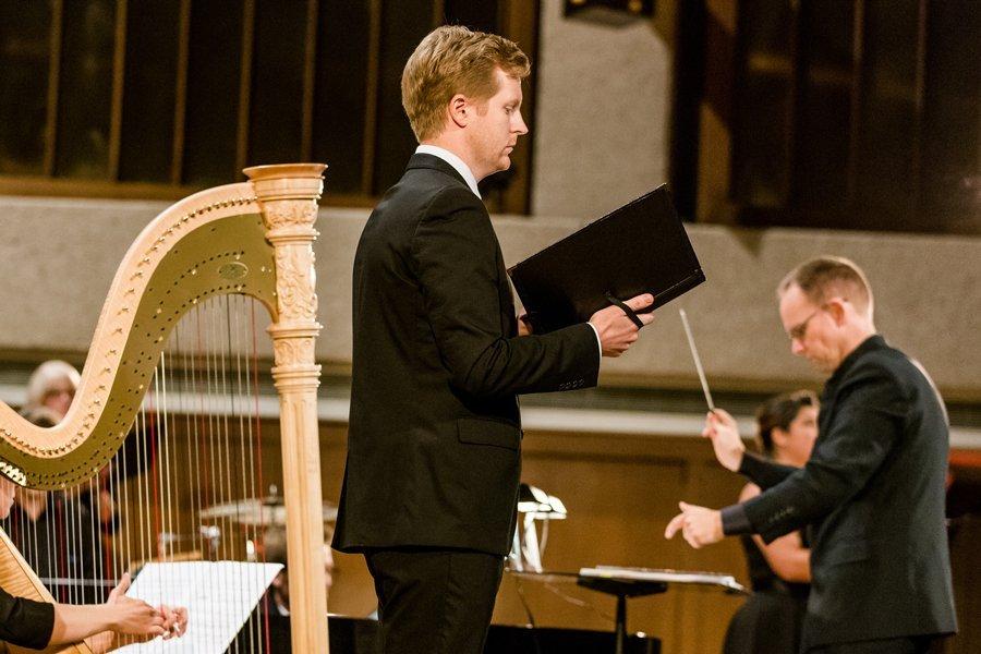 Soloist Eric Neuville