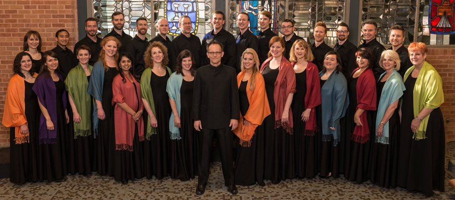 Conspirare Company of Voices and Craig Hella Johnson (photo Scott Van Odsol / vanosdol.com)